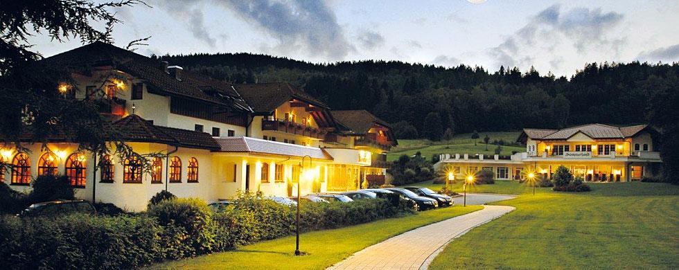 Urlaub im 4 sterne wellnesshotel bayerischer wald hotel in for 4 sterne hotel dortmund